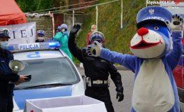 Gliwiccy policjanci zrobili niespodziankę małym pacjentom