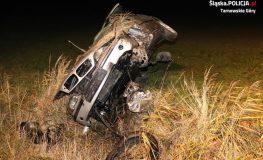 Po pijaku kompletnie zdewastował swoje auto